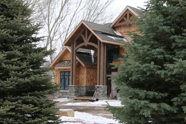 Sioux-Falls-South-Dakota-Canadian-Timberframes-Construction-Front