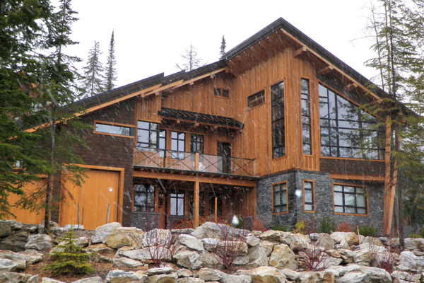 High-Land-View-BC-Canadian-Timberframes-Exterior