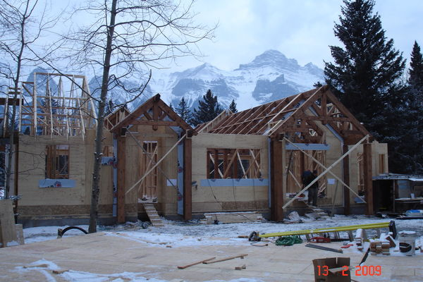Elbow-River-Ridge-Alberta-Canadian-Timberframes-Construction-Exterior