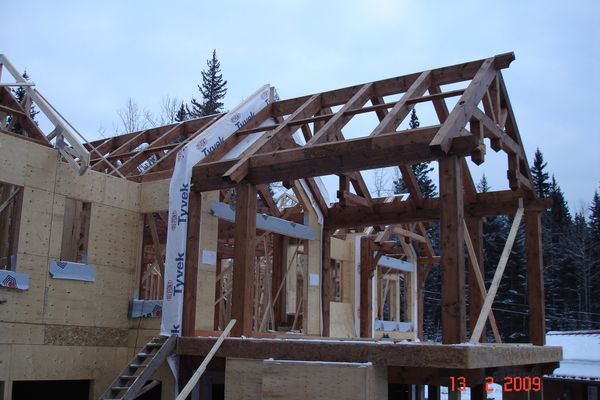 Elbow-River-Ridge-Alberta-Canadian-Timberframes-Construction-Timber-Raising