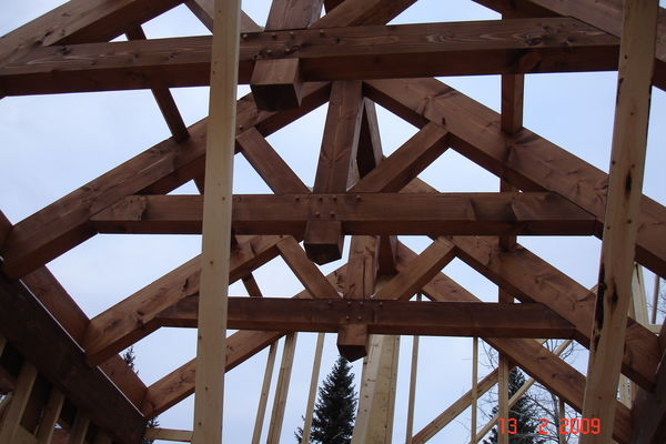 Elbow-River-Ridge-Alberta-Canadian-Timberframes-Construction-Raising