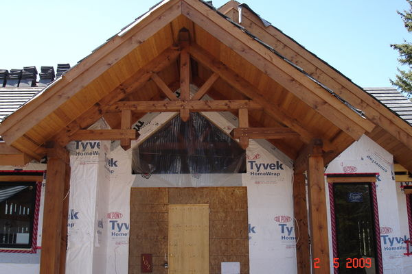 Elbow-River-Ridge-Alberta-Canadian-Timberframes-Construction-Entry