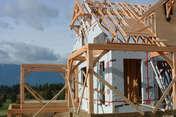 Redstreak-Mountain-BC-Canadian-Timberframes-Construction-Wall-Panels