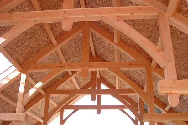 Redstreak-Mountain-BC-Canadian-Timberframes-Construction-Trusses