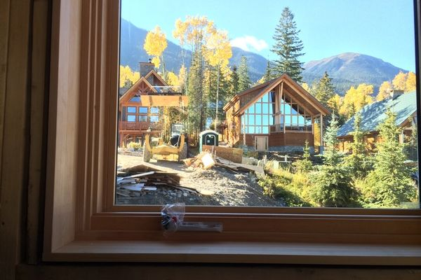 Kicking-Horse-Chalet-British-Columbia-Canadian-Timberframes-Construction-Windows