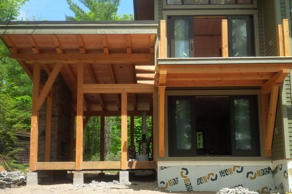Split-Rock-Place-Sparrow-Lake-Ontario-Canadian-Timberframes-Construction-Screened-Porch