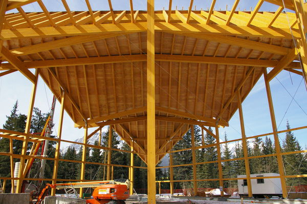 Grizzly-Paw-Brewery-Alberta-Canadian-Timberframes-Construction-Roofing
