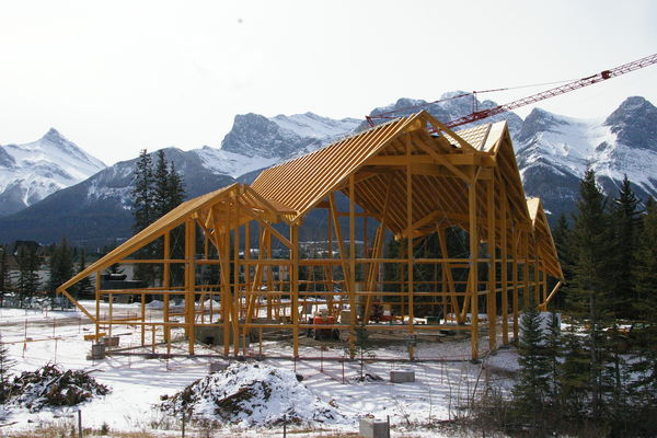 Grizzly-Paw-Brewery-Alberta-Canadian-Timberframes-Construction