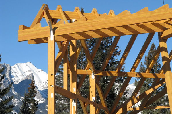 Grizzly-Paw-Brewery-Alberta-Canadian-Timberframes-Construction-Raising