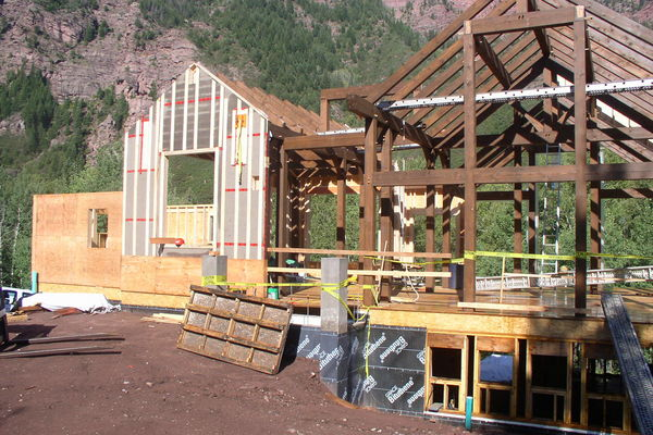 Rustic-Redstone-Colorado-Canadian-Timberframes-Construction-Wall-Panels
