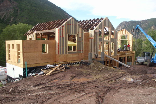 Rustic-Redstone-Colorado-Canadian-Timberframes-Construction-Panels-Sips