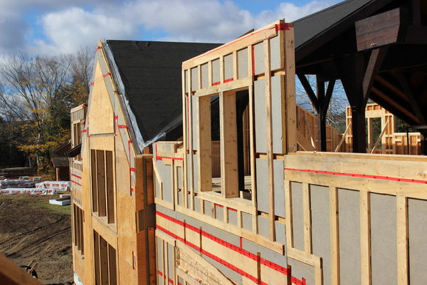 Lake-of-Bays-Haven-Ontario-Canadian-Timberframes-Construction-Wall-Panels