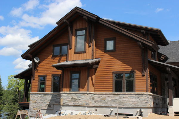 Lake-of-Bays-Haven-Ontario-Canadian-Timberframes-Construction-Exterior-Siding