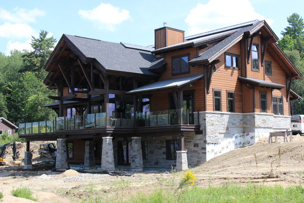 Lake-of-Bays-Haven-Ontario-Canadian-Timberframes-Construction-Rear-Exterior
