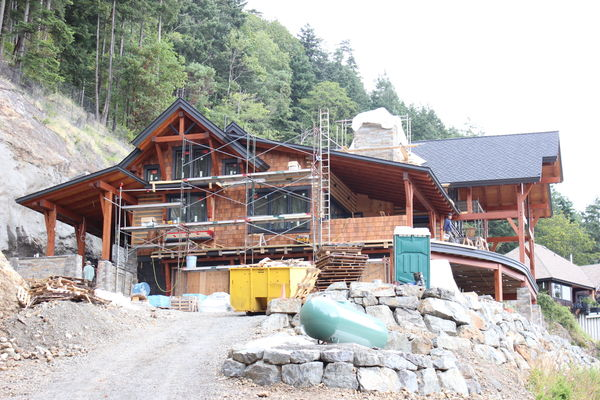 Whytecliff-Bowen-Island-British-Columbia-Construction-Great-Room-rafters