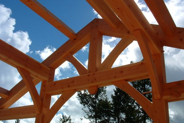 Southern-Slopes-British-Columbia-Construction-Truss