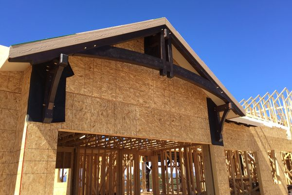 Black-Forest-Timber-Frame-Home-Colorado-Canadian-Timberframes-Construction-Gable