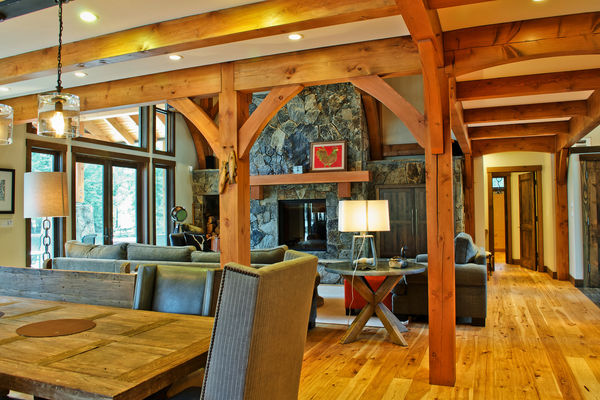 Elk-River-Fernie-British-Columbia-Canadian-Timberframes-Great-Room-Timber-Truss