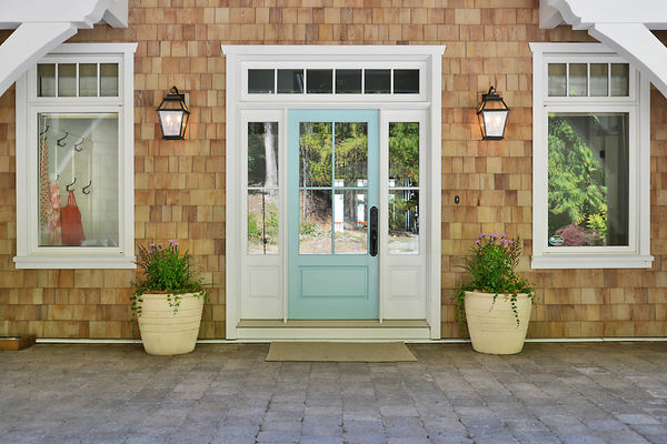 Sunshine-Coast-Cottage-British-Columbia-Canadian-Timberframes-Front-Door