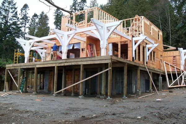 Sunshine-Coast-Cottage-British-Columbia-Canadian-Timberframes-Construction-Rear-Exterior