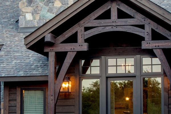 Modern-Trails-Ontario-Canadian-Timberframes-Truss-Window