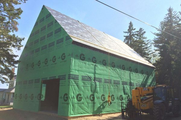 Maine-Family-Party-Barn-Canadian-Timberframes-Construction