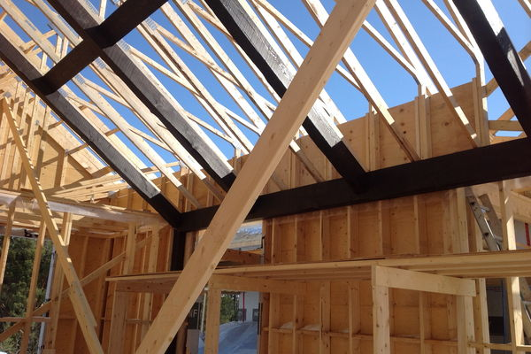 Modern-Trails-Ontario-Canadian-Timberframes-Construction-Timber-frame