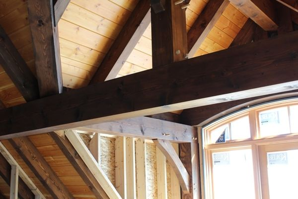 Great-Lakes-Legacy-Michigan-Canadian-Timberframes-Construction-Interior-Beam