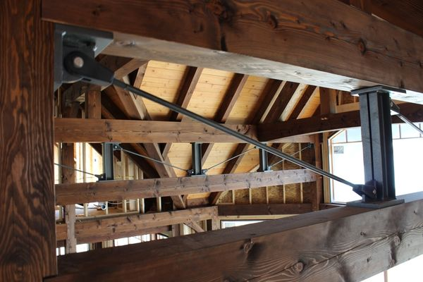Great-Lakes-Legacy-Michigan-Canadian-Timberframes-Construction-Interior-Beams