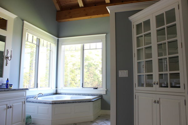 Bear-Rock-Colebrook-New-Hampshire-Canadian-Timberframes-Bathroom