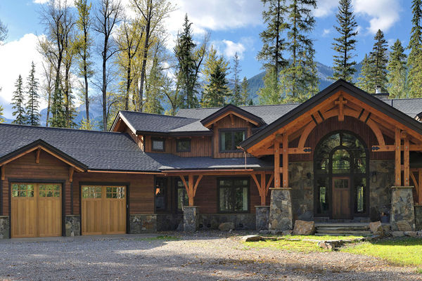 Elk-River-Fernie-British-Columbia-Canadian-Timberframes-Front-Exterior