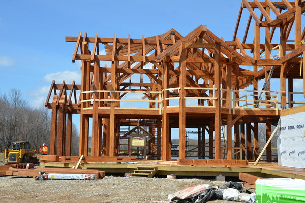 Hill-Top-Retreat-Collingwood-Ontario-Canadian-Timberframes-Construction-Timber-Frame