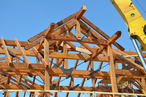 Hill-Top-Retreat-Collingwood-Ontario-Canadian-Timberframes-Construction-Raising