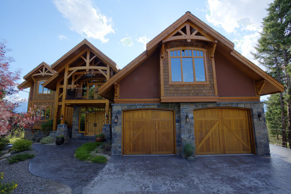 Osprey-Point-Invermere=British-Columbia-Canadian-Timberframes-Front-Exterior