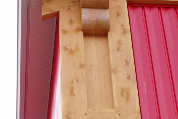 Home-Hardware-BC-Canadian-Timberframes-Timber-Accents