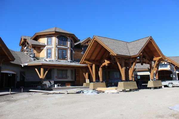 Rustic-River-Calgary-Alberta-Canadian-Timberframes-construction-entry