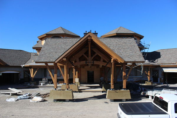 Rustic-River-Calgary-Alberta-Canadian-Timberframes-construction-timber-entry