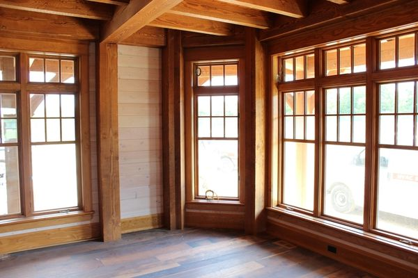 Hill-Top-Retreat-Collingwood-Ontario-Canadian-Timberframes-Construction-Great-Room