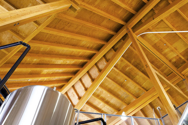 Grizzly-Paw-Brewery-Alberta-Canadian-Timberframes-Timber-Ceiling