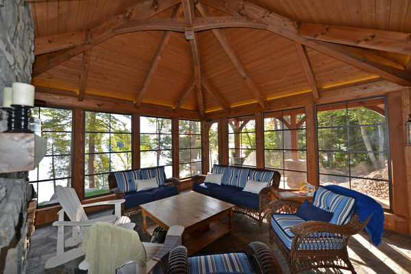 Cozy-Inlet-Kawartha-Lakes-Ontario-Canadian-Timberframes-Sun-Room