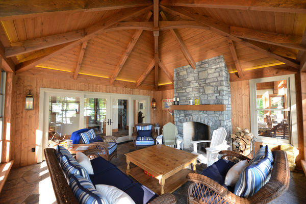 Cozy-Inlet-Kawartha-Lakes-Ontario-Canadian-Timberframes-Timber-Ceiling