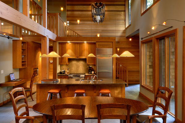 Nestled-Retreat-Tofino-British-Columbia-Canadian-Timberframes-Dining