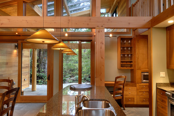 Nestled-Retreat-Tofino-British-Columbia-Canadian-Timberframes-Kitchen