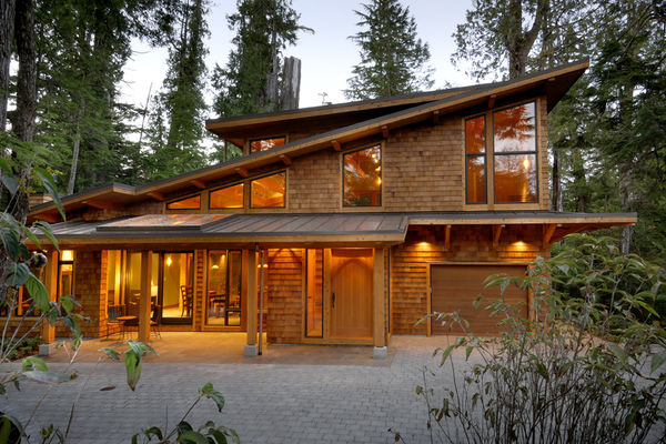 Nestled-Retreat-Tofino-British-Columbia-Canadian-Timberframes