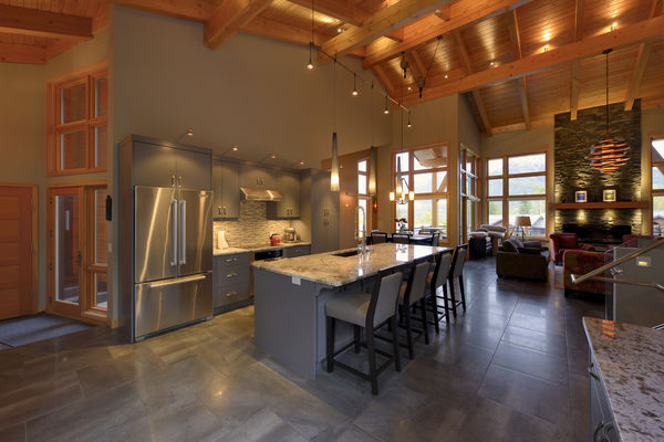 Alpine-Trail-British-Columbia-Canadian-Timberframes-Kitchen